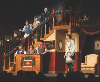 Famous Christmas Dinner-Theater